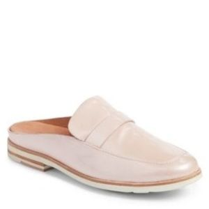 Gentle Souls by Kenneth Cole Everett mules